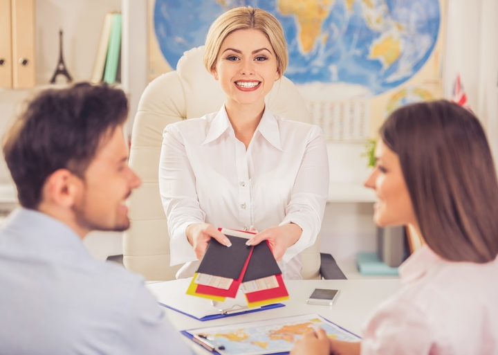 Four Advantages of Booking with a Travel Agent